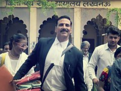 [Poster for Jolly LLB 2 with Jolly LLB 2, Akshay Kumar, Huma Qureshi, Subhash Kapoor]