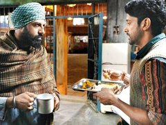 Lucknow Central review